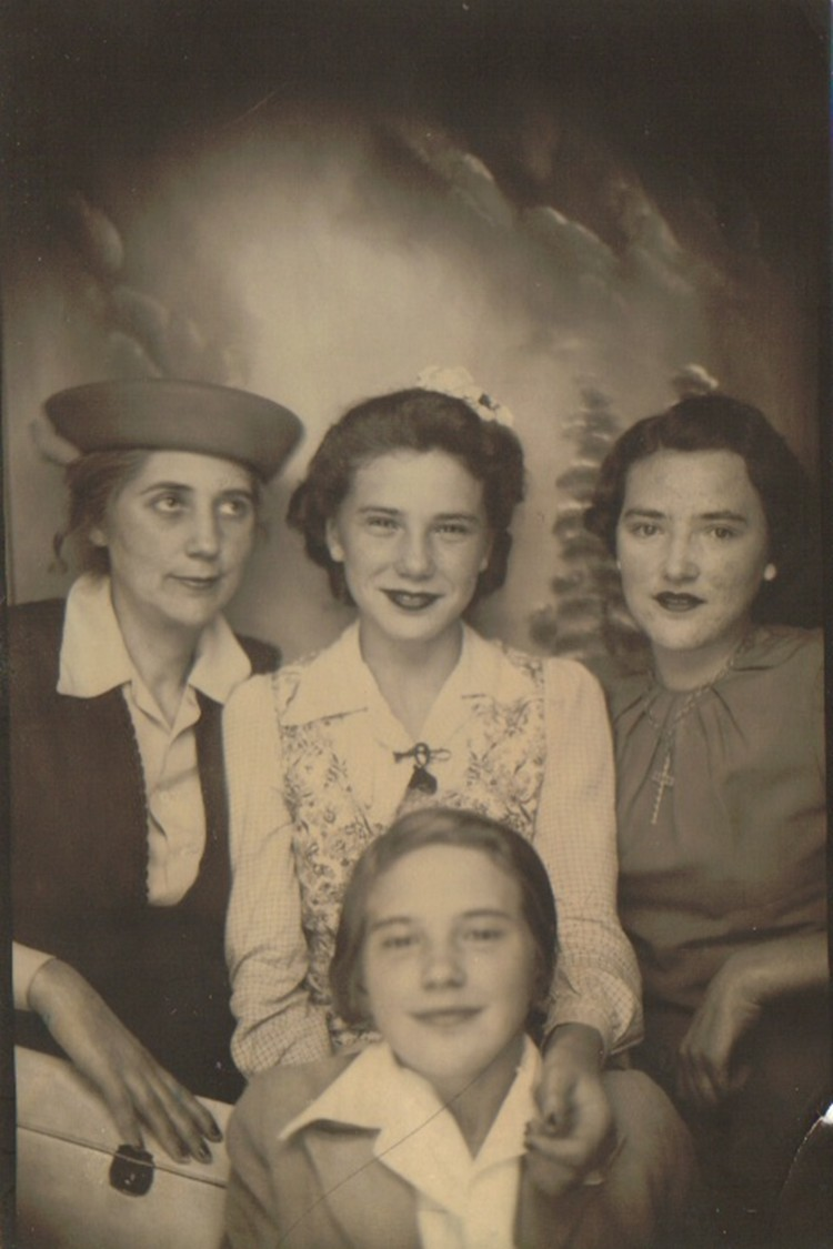 Grandma with her three girls